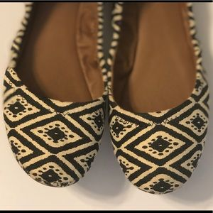 LUCKY BRAND ballet flats graphic print- like new